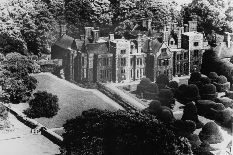 Image: Heslington Hall, aerial view 1950s