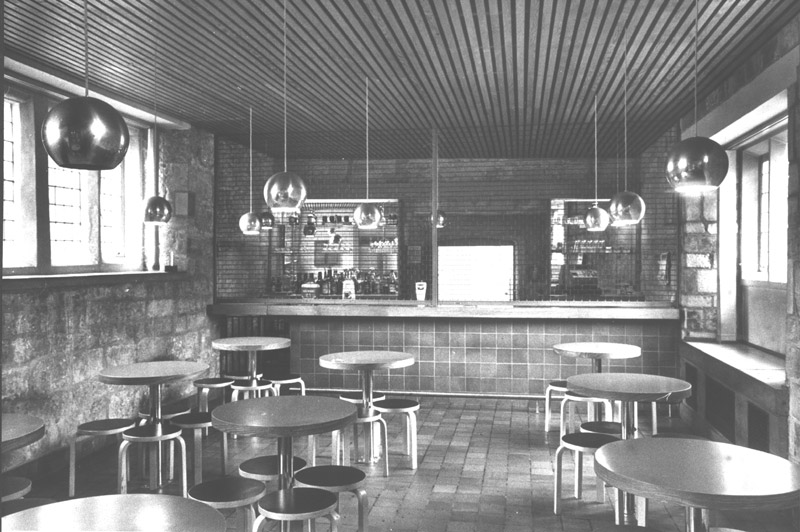 Image: King's Manor bar, 1960s