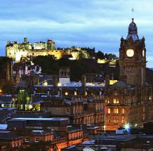 Edinburgh at a Glance by Dimitry B. is licensed under CC BY 2.0