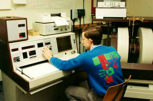 Image: Adrian Whitwood and ESR Spectrometer