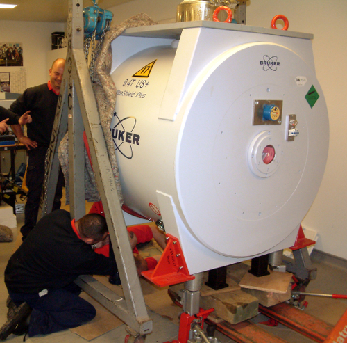 Image: Installing new Mass Spectrometer
