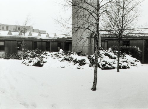 Image: Chemistry quad in the snow 1983