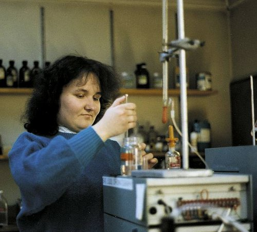 Image: Jacqueline Orrah prepares to inject a sample into a GLC chromatograph in Tony Semlyen's polymer lab.