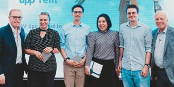 The winners and hosts of the 3MT competition