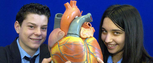 School students studying the heart at the Hull York Medical School-Science Trail 2005